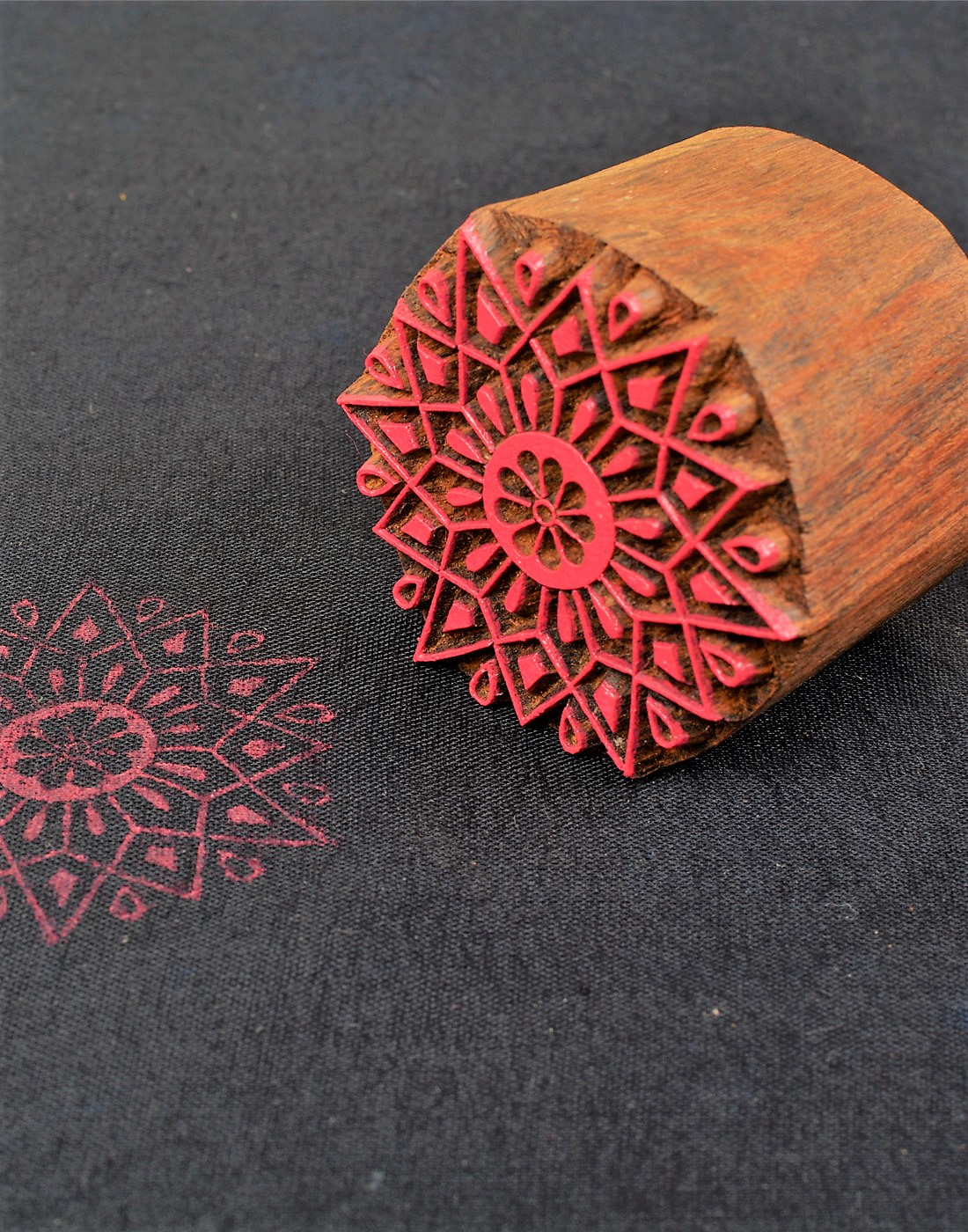 Round Floral Wooden Printing Stamp